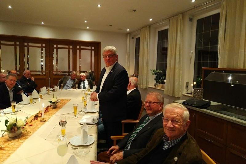 Schützenverein Ahlen Königskompanie der Bürgerschützen beim Martinsgansessen 2017